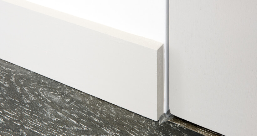 Surface mounted skirting