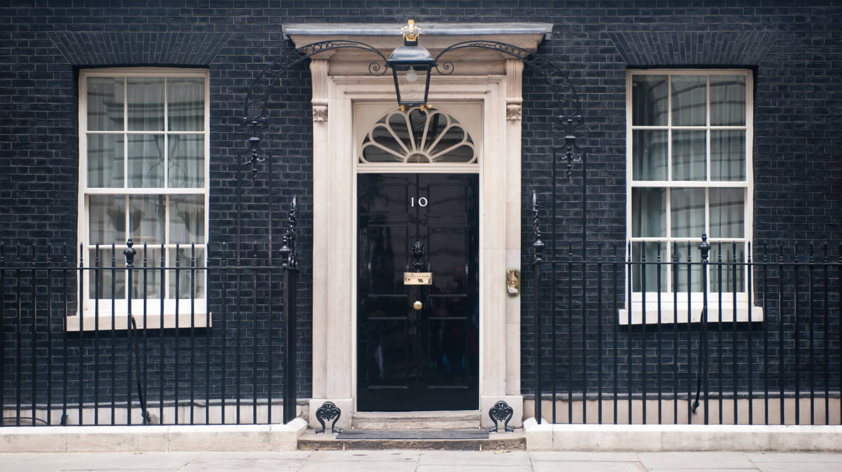10 Downing Street – The story behind Britain's most famous door featured image